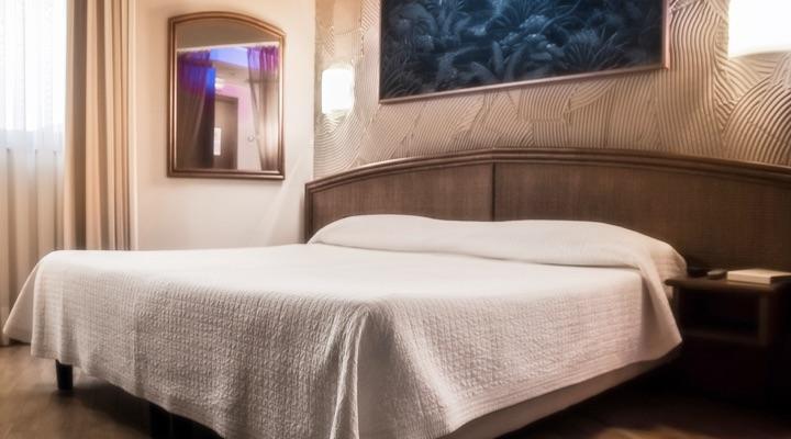blue-suite